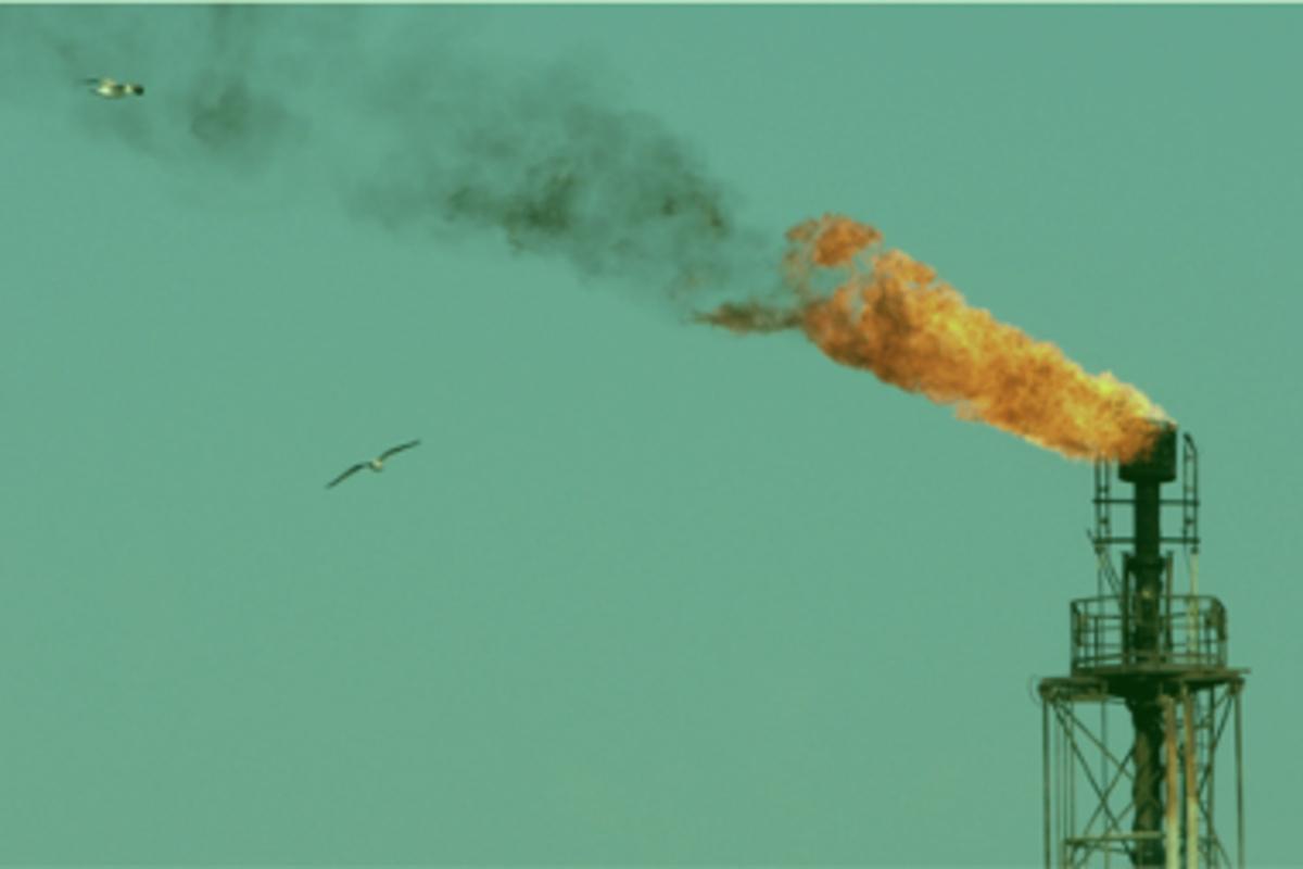 smoking-billions-of-dollars-in-gas-burners-in-iran-s-oil-fields